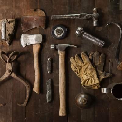 Søger pensioneret håndværker