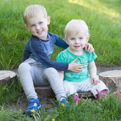Veninder med små børn søges