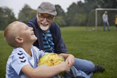 Har dit barn brug for en voksenven?